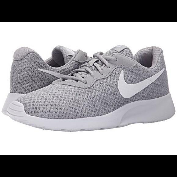 le scarpe nike donne grey runningtraining poshmark